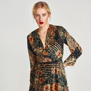 ZARA 70'S BOHO INSPIRED FLORAL VELVET MINI DRESS